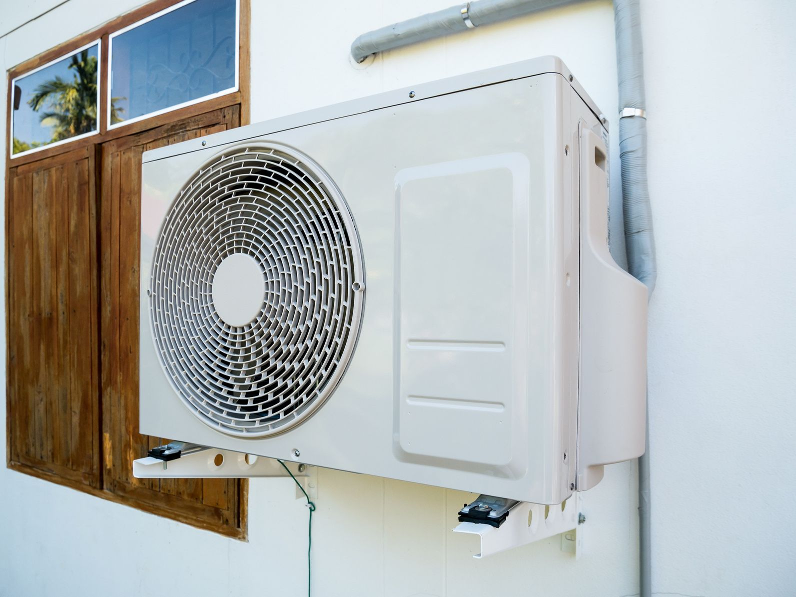 When to Replace AC vs Repair?